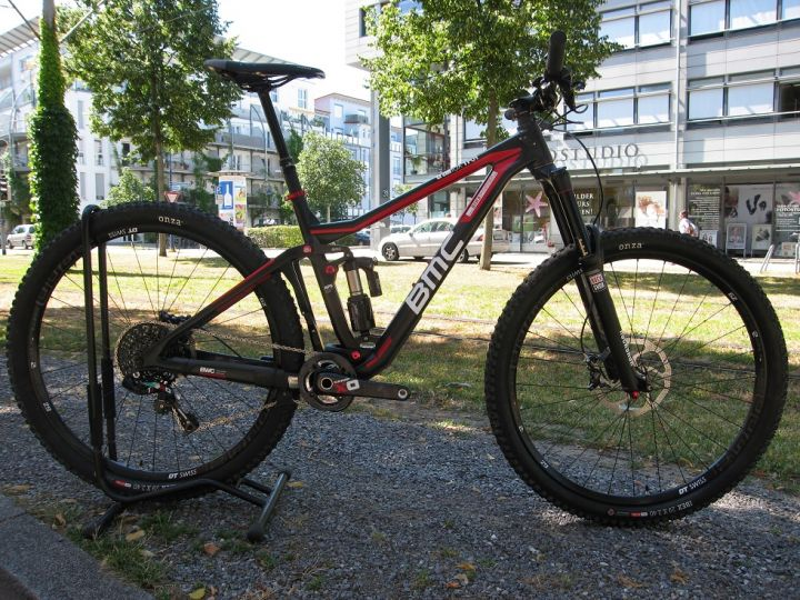 BMC Trailfox TF01 Custom - XO Team Red M - *Testrad* (mit Neuteilen)